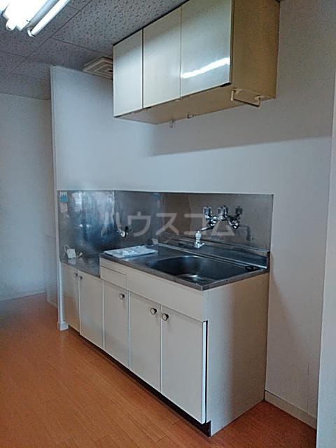 コーポ富士見 307号室のリビング