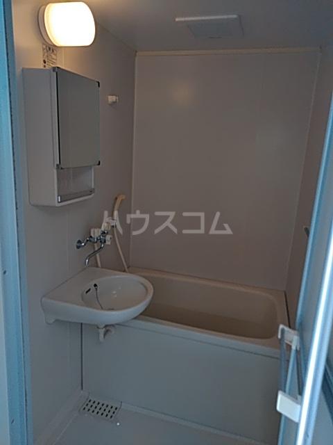 カルムⅡ 106号室の風呂