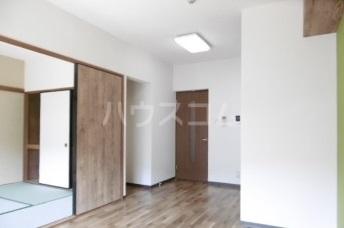 グランリーオ 205号室のリビング