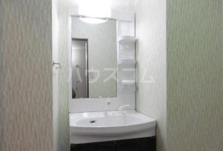 グランリーオ 205号室の洗面所