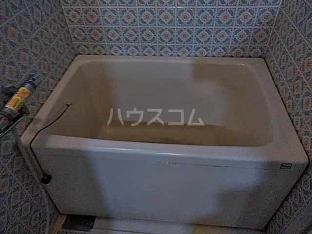 コーポラスシャロー 306号室の風呂