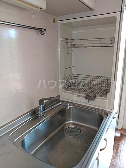 パークサイドⅢ B2号室のキッチン