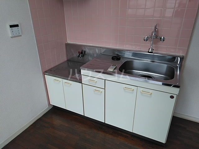 サンホワイト行徳 201号室のキッチン