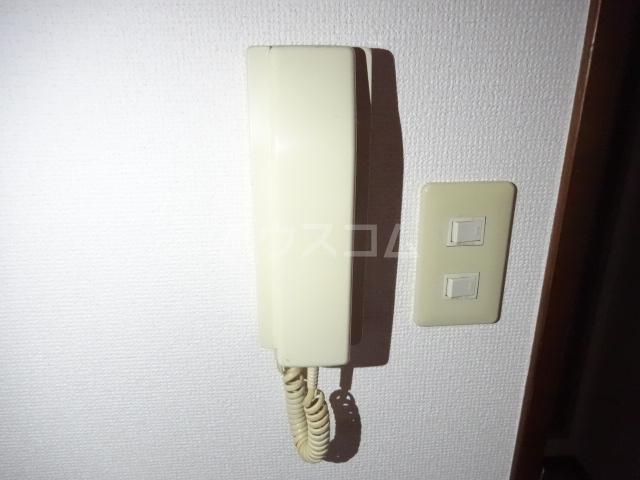 ラ・ファミール 102号室のセキュリティ