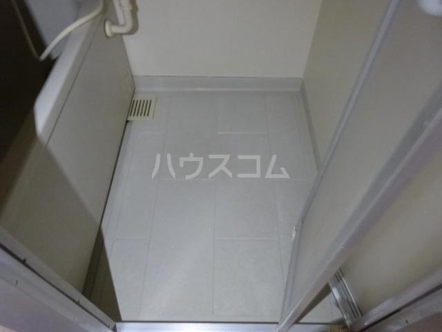 ラ・ファミール 102号室の風呂