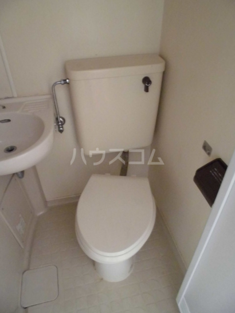 サンメゾンスルガ 505号室のトイレ