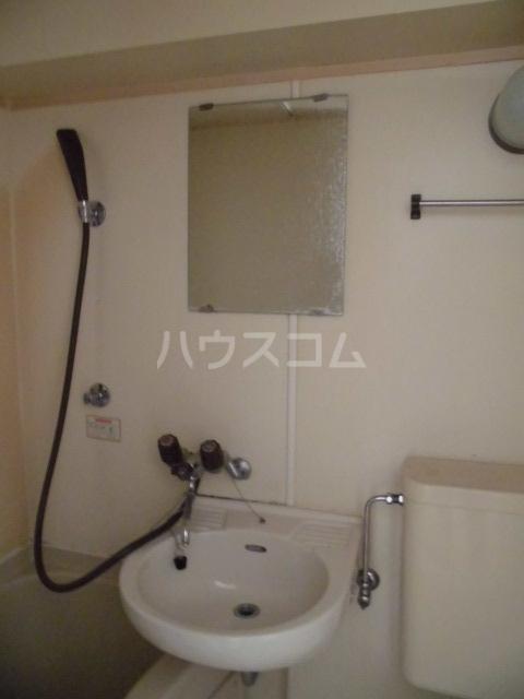 サンメゾンスルガ 505号室の洗面所