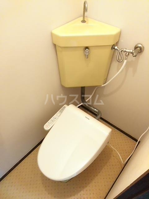 メゾンアズマ 402号室のトイレ