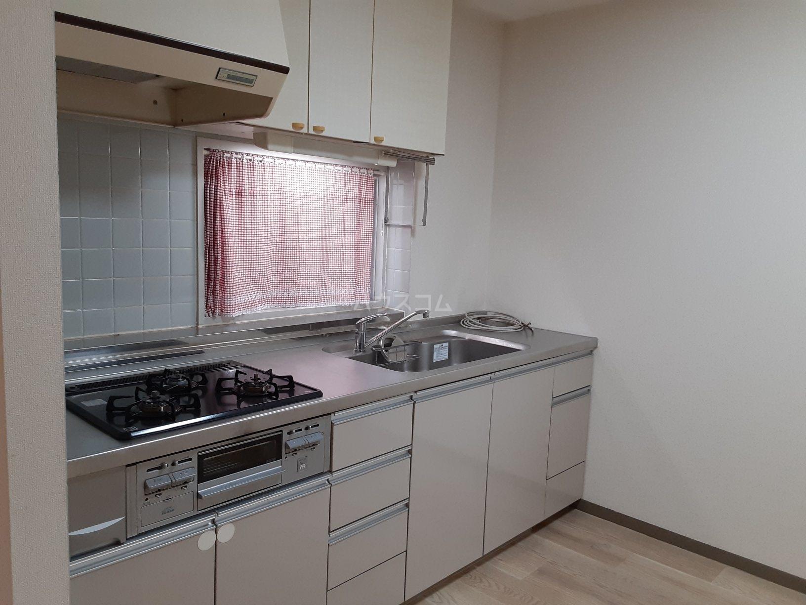 柿木台高橋マンション 104号室のキッチン