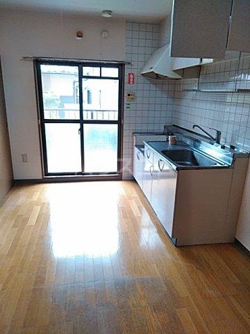 ソネットS 103号室のキッチン