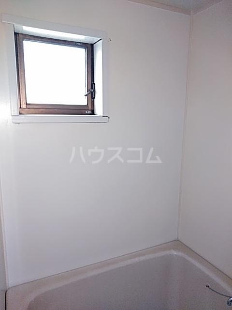 コーポスルガB 105号室の風呂