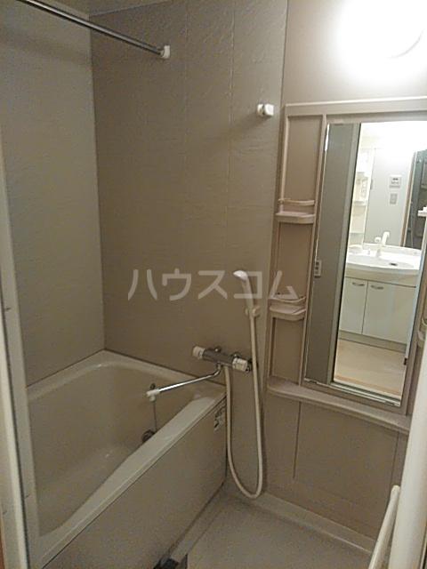 シャテロ巴 401号室の風呂