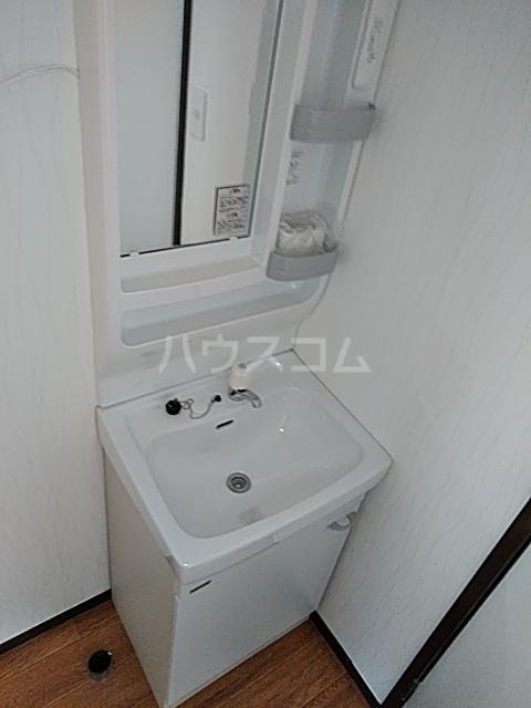 イズミコーポ 203号室の洗面所