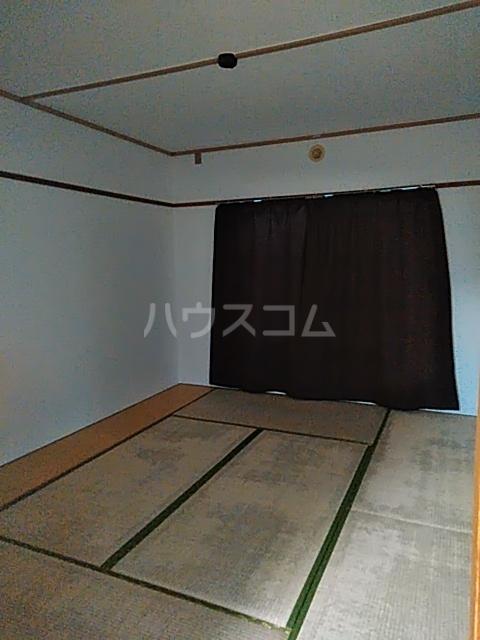 タウンベル 203号室の居室