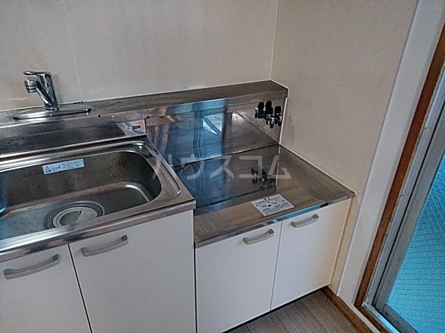 タウンベル 203号室のキッチン