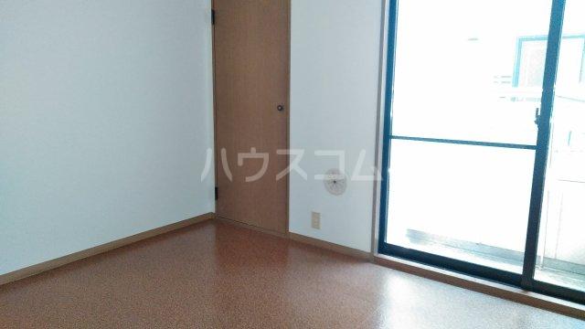 メゾンロゼB 101号室のその他
