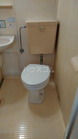 メゾンロゼB 101号室のトイレ