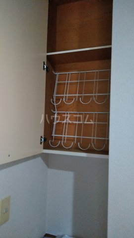 メゾンロゼB 101号室の収納