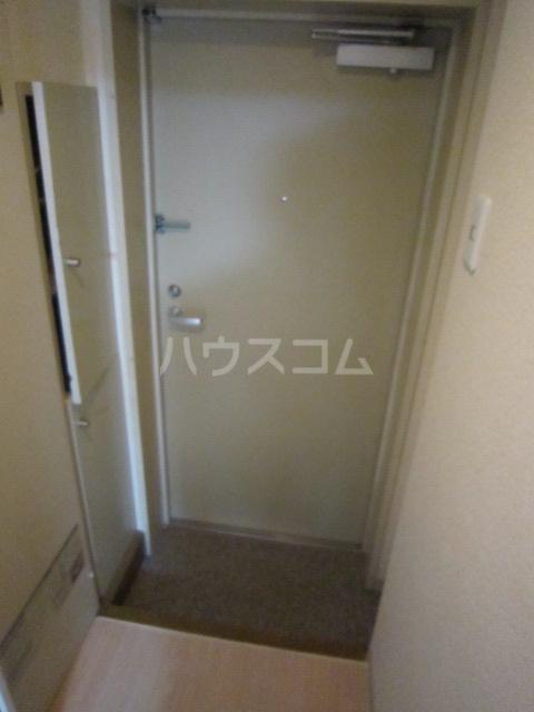 シティクレスト壱番館 104号室の玄関
