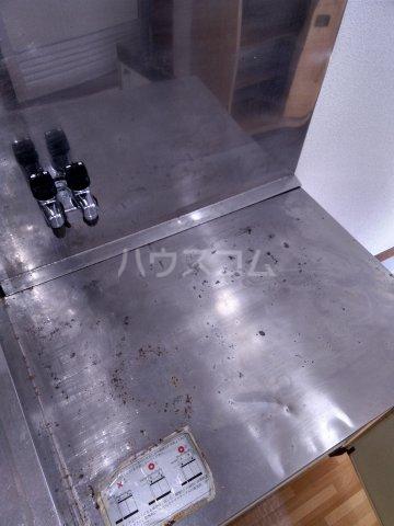 オオツカハイツ 201号室の玄関