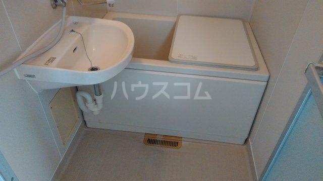和幸ハイム 202号室の風呂