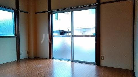 ハイツオオシマ 101号室のリビング