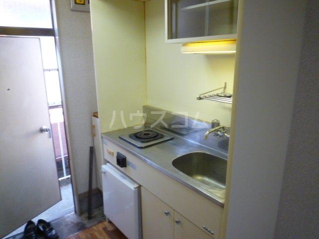 マイ・ハイツ 202号室のキッチン