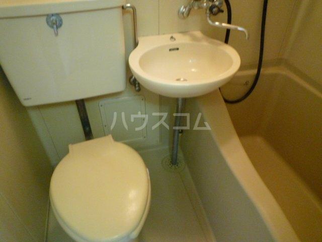 マイ・ハイツ 202号室のトイレ