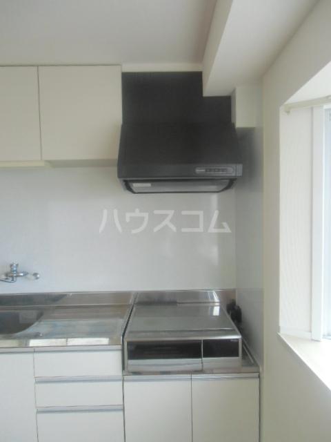 プリエール吉野町 306号室のキッチン