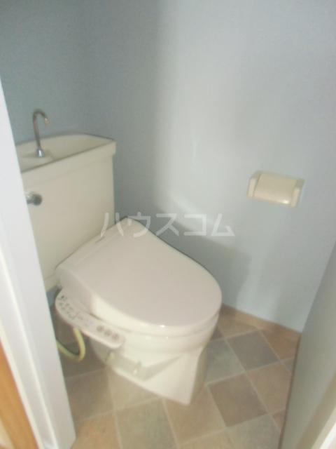 プリエール吉野町 306号室のトイレ