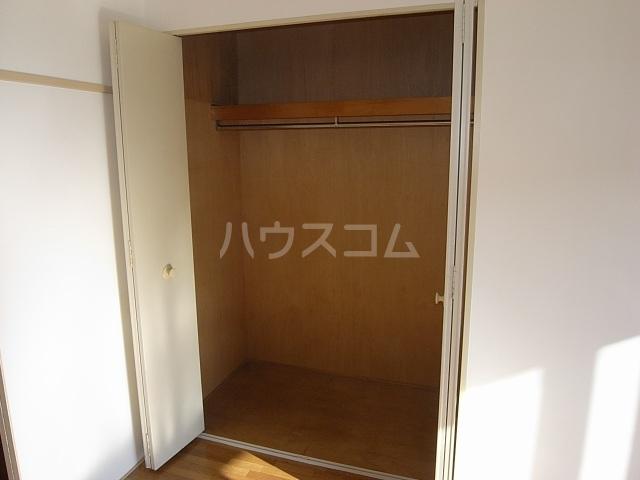 クワイエット柿の木台 102号室の収納