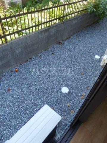 ドルチェ桜橋 101号室の庭