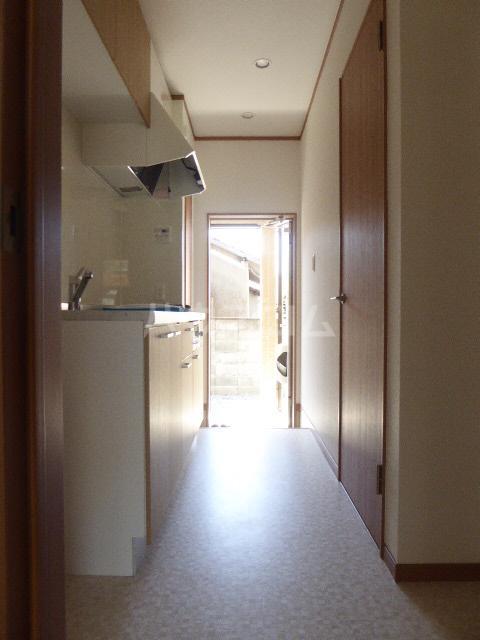 ドルチェ桜橋 101号室のロビー