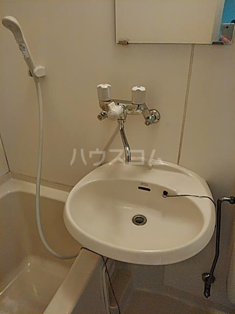 清水センチュリー21 201号室 201号室の洗面所