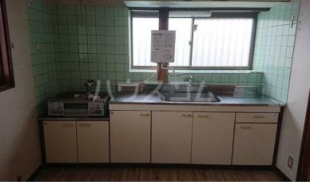 甲南ハウス 201号室のキッチン