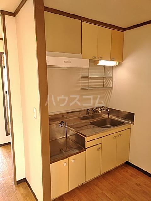 美富士ハイツB棟 202号室のキッチン