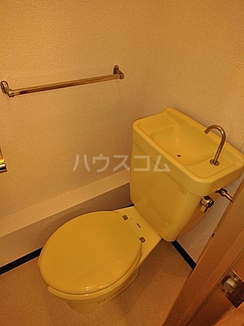 美富士ハイツB棟 202号室のトイレ