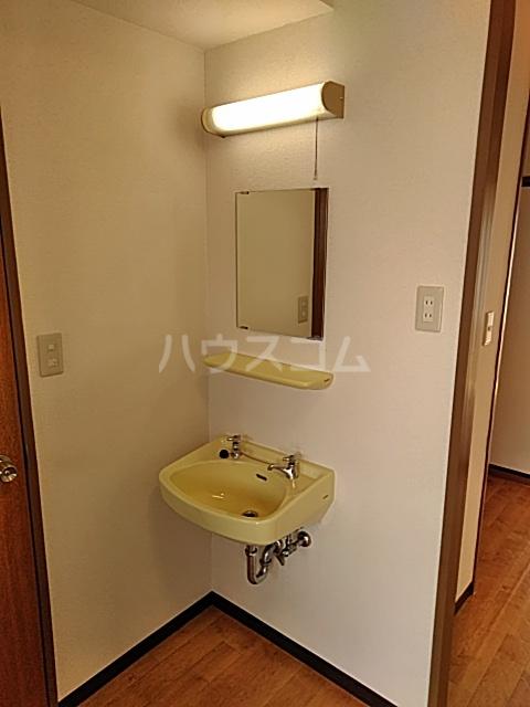 美富士ハイツB棟 202号室の洗面所