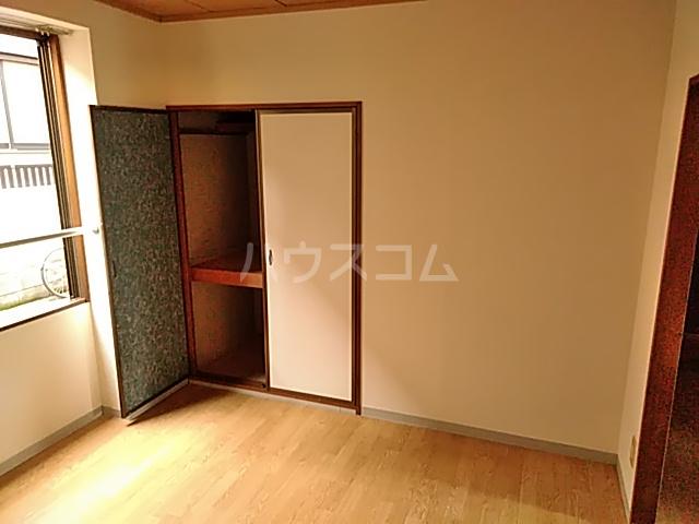 ヴァンベール・コジマ 103号室のベッドルーム