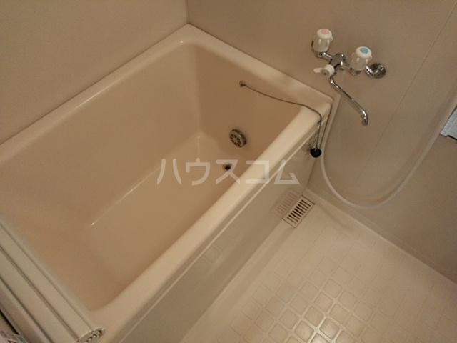 アイ・ミレニアム 305号室の風呂