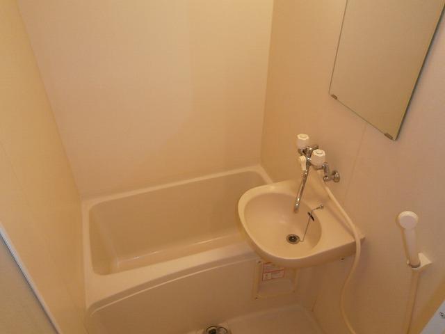 ゴールドマンション安井 418号室の風呂
