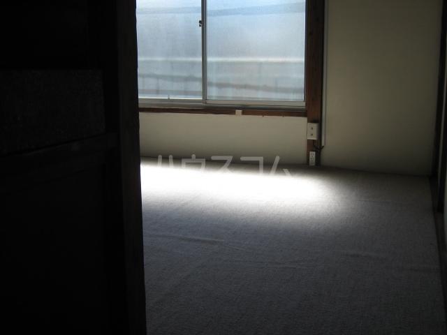 須田荘 12号室の居室