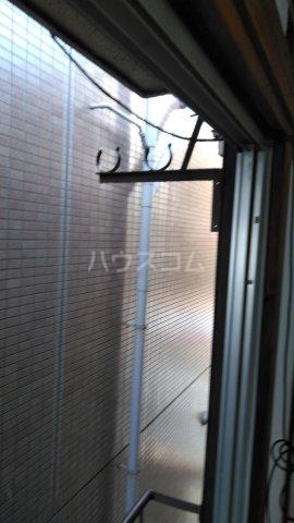 高橋荘 203号室のバルコニー