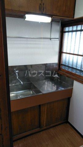 高橋荘 203号室のキッチン