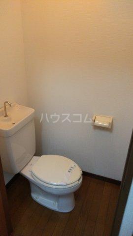 高橋荘 203号室のトイレ