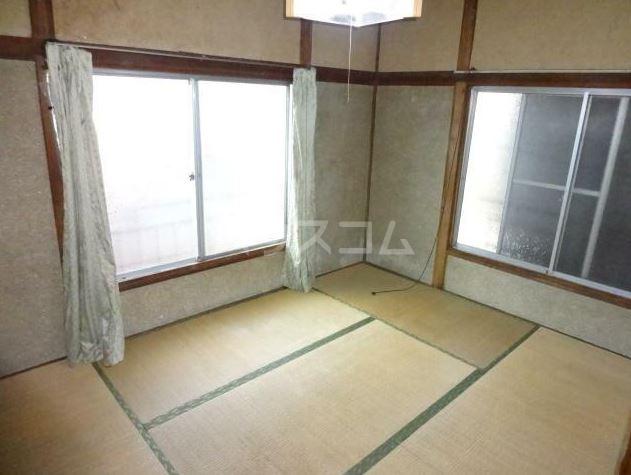 渡辺荘 201号室のリビング