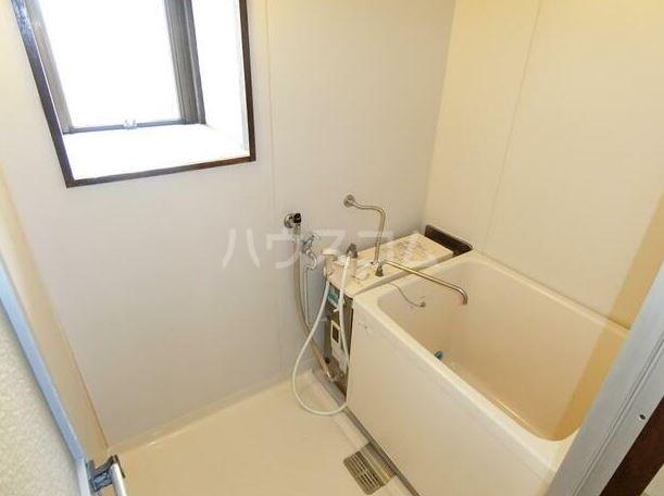 鈴木コーポ 201号室の風呂
