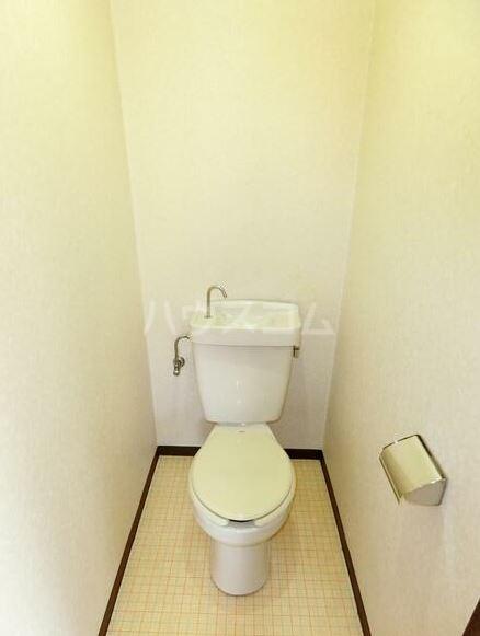 鈴木コーポ 201号室のトイレ
