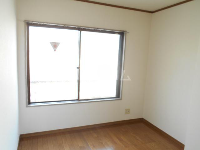 ストークマンション 301号室の居室