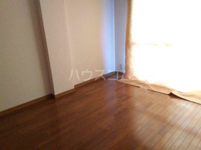 オオギマンション 102号室の居室